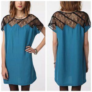UO SILENCE + NOISE Teal Lace Shift Dress